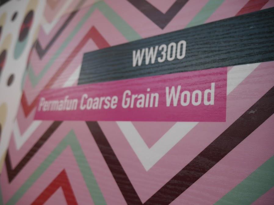 Mactac Laminating film Permafun Coarse Grain Wood